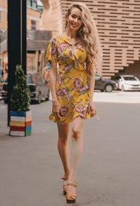 Коктейльное платье с глубоким V-вырезом DSP-325-37