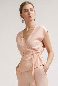 Блузка персикового цвета на запах Emka B2401/tonya