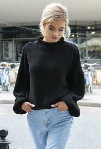 Стильный укороченный свитер Fobya F550