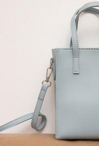 Стильная сумка из экокожи голубого цвета Emka C040/seramin