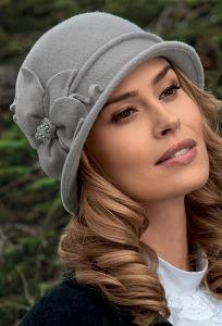 Женская шляпка с цветком Landre Zaus