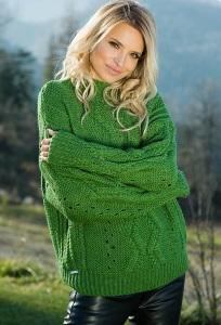 Теплый свитер зелёного цвета Fobya F605