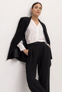 Изящные чёрные брюки Emka D180/decant