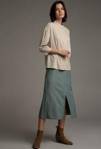 Однотонная юбка с разрезом спереди Emka S879/actor