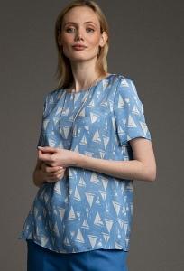 Свободная блуза бело-голубого цвета Emka B2532/marcus