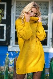 Жёлтое тёплое платье oversize Fobya F577