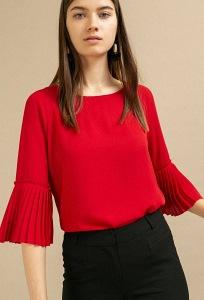 Красная блузка с плиссировкой Emka B2404/orabella