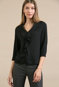 Блузка черного цвета с воланом по горловине Emka B2405/acsela