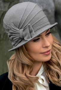 Женская шляпка с маленькими полями Landre Arleta
