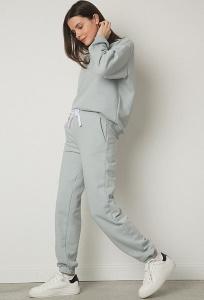 Стильные зауженные брюки серого цвета Emka D199/casper