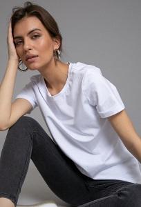 Белая футболка c круглым вырезом Emka B2363/shining
