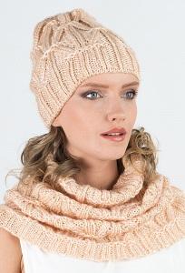 Удлиненная женская шапка персикового цвета Kamea Trini