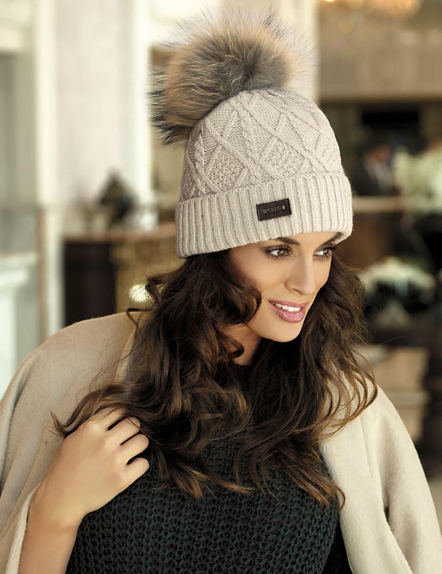 какие зимние шапки сейчас в моде фото нашем