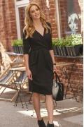 Платье-тюльпан чёрного цвета Makadamia M463