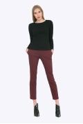 Зауженные женские брюки бордового цвета Emka D051/okelaniya