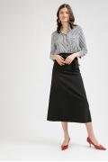 Чёрная удлинённая юбка в форме трапеции Emka S780/premiera