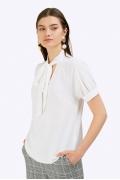 Блузка молочного цвета с воротником аскот Emka B2396/jessica