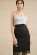 Чёрная юбка с кружевом в низу Emka S797/premiera