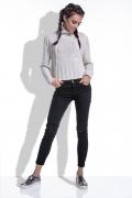 Укороченный женский свитер бежевого цвета Fobya F440