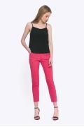 Зауженные брюки розового цвета Emka D069/cayenne