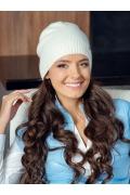 Молодёжная шапка белого цвета Landre Берта