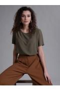 Блуза свободного кроя цвета хаки Emka B2559/devid