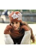 Красивая женская шапка Kamea Inez-Medium