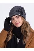Чёрная шапка с драпировкой складок Kamea Delta