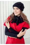 Комплект (шапка и пелерина) черного цвета Landre Лайза