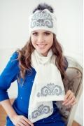 Комплект (шапка и шарф) молочного цвета Landre Сабина