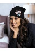 Актуальная в этом сезоне шапка-бини Kamea Blanka