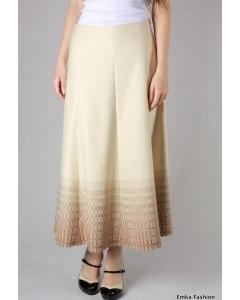 Длинная светлая юбка