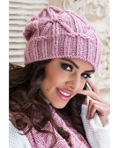 Удлиненная женская шапка розового цвета Kamea Trini