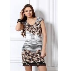 Коротенькое платье с цветами