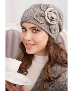Комплект (шапка и шарф) серого цвета Landre Моника