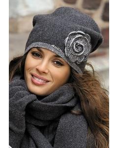 Тёмно-серая шапка Kamea Pepita
