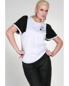 Белая блузка с черными рукавами