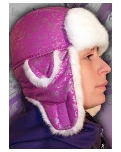 Яркая розовая шапка Winter Flower