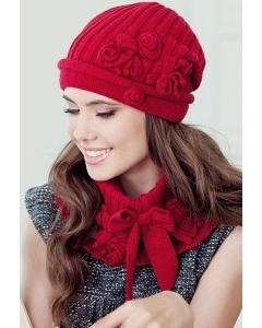 Комплект (шапка и пелерина) красного цвета Landre Лайза