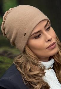 Изящная женская шапка Lamdre Mariviana