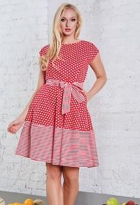 Летнее платье в красный горошек TopDesign A8 079