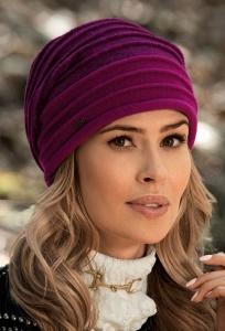 Женская шапка из шерсти Willi Zejla