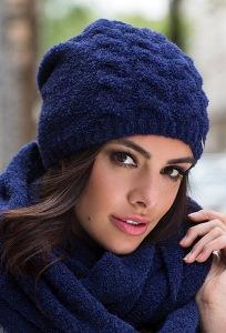 Женская шапка сапфирового цвета Kamea Violeta