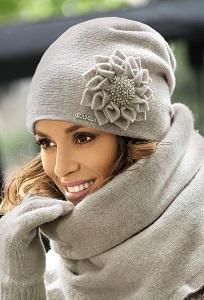 Женская шапка Kamea Cruz