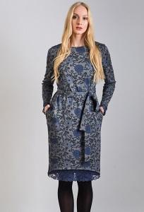 Трикотажное платье с кружевом TopDesign B8 035