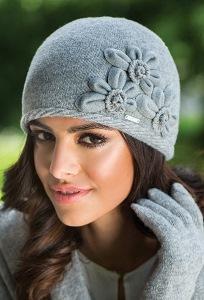 Серая шапка Kamea Nora