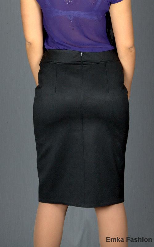 секретутка в юбке с разрезом фото
