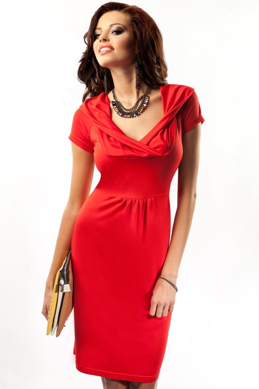 Красное платье польша