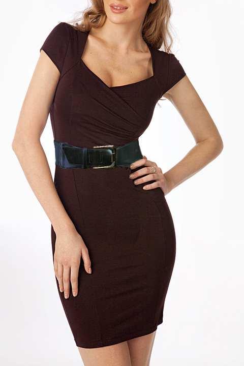 Трикотажное коричневое платье