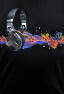 Футболка светится в темноте и ультрафиолете Waves of sound